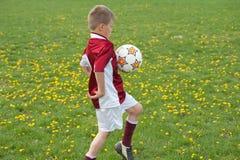 足球培训 免版税库存照片