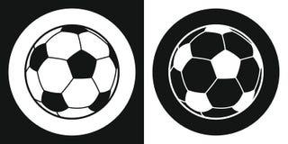 足球象 剪影在黑白背景的足球 着色设备例证滑雪炫耀水 也corel凹道例证向量 免版税库存图片