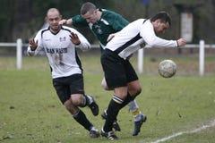 足球运动员足球 免版税库存照片