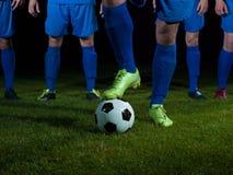足球运动员队 库存图片
