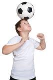 年轻足球运动员 库存图片