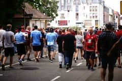足球迷在凯泽斯劳滕 库存照片