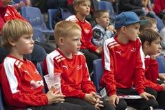 年轻足球迷 免版税图库摄影