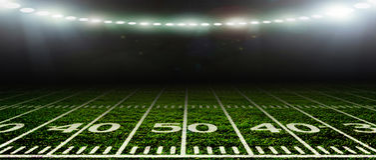 足球bal.football, 橄榄球 在体育场 免版税库存图片
