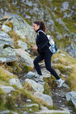 足迹的妇女远足者 图库摄影
