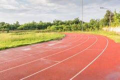 跑在体育clup的轨道 库存图片