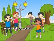 跑在公园动画片传染媒介例证的孩子 库存照片