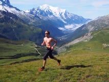 跑在夏慕尼法国的足迹 免版税库存图片