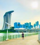 跑在新加坡的人 库存照片