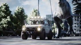 跑在汽车后的恐龙rex在被毁坏的城市 恐龙启示 未来的概念 现实4K动画 库存例证