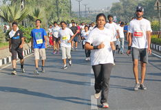 跑在海得拉巴10K的夫人跑事件,印度 库存图片