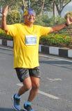 跑在海得拉巴10K的老人跑事件 库存照片