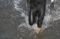 跑在水中 免版税库存图片