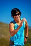 微笑的赛跑者 免版税库存照片