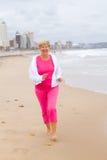 跑步的高级妇女 库存照片