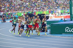 跑的人的1500m 免版税库存照片