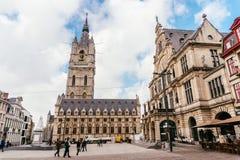 跟特,比利时- 2017年11月:跟特市中心建筑学  跟特是中世纪城市和点旅游目的地在贝耳 库存照片