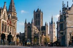 跟特,比利时- 2017年11月:跟特市中心建筑学  跟特是历史中世纪城市和点旅游destina 免版税图库摄影
