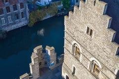 跟特,比利时- 2016年12月05日-从中世纪Gravensteen城堡的顶端看法在跟特,比利时 库存照片