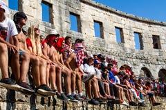 跟随世界杯决赛的克罗地亚爱好者 库存图片