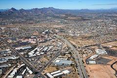 跨境10向东的凹凸部在亚利桑那 库存图片