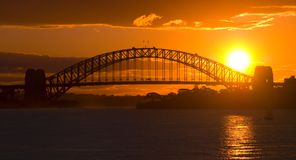 跨接港口日落悉尼 免版税库存图片