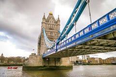 跨接英国伦敦塔 库存照片