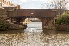 跨接#51瓦器Changeline桥梁,威根,利兹利物浦运河 免版税库存图片