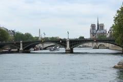 跨接巴黎 图库摄影