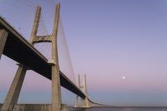 跨接calatrava da被设计的gama里斯本圣地亚哥瓦斯考 图库摄影