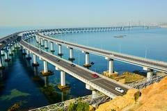 跨海桥梁在海 免版税库存图片