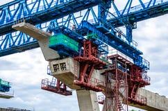 跨线桥的建筑 免版税库存图片