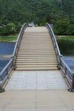 跨过西龟河的Kintai桥梁 库存照片