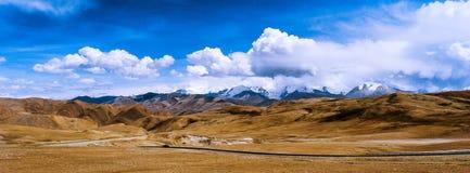 路向喜马拉雅山 图库摄影