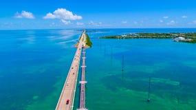 路向在海和海岛,佛罗里达钥匙,美国的基韦斯特岛 免版税库存图片
