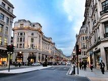 路在中央伦敦,英国 图库摄影