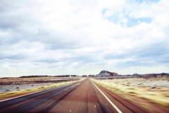 路在大草原 库存图片