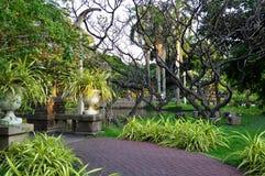 路在室外设计的疆土 在泰国的假日旅行 免版税库存照片