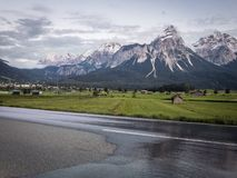 路在阿尔卑斯,奥地利 免版税图库摄影