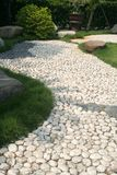 路径小卵石石头 免版税库存照片