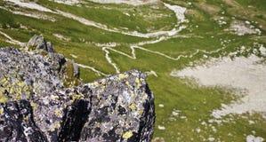 路径山顶 库存图片