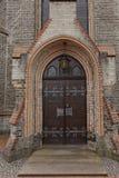 路德教会在Georgsmarienhuette,福音派信义会从1877,新哥特式样式教会在下萨克森州,德国 库存照片