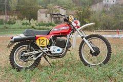 路摩托车KTM的葡萄酒 免版税库存照片
