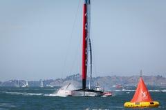 路易威登杯种族队月/月球Rossa AC 72筏风船 免版税图库摄影