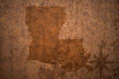 路易斯安那在老葡萄酒纸背景的状态地图 免版税库存照片