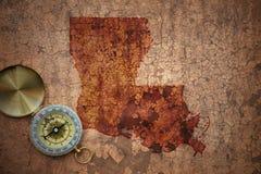 路易斯安那状态地图在一张老葡萄酒裂缝纸的 库存图片