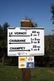 路标上部赛隆法国 图库摄影