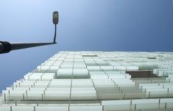 路灯柱, cristial和天空 免版税图库摄影