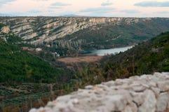 从路的顶端鸟瞰图在Rupe,克罗地亚 免版税图库摄影