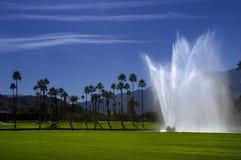 路线喷泉高尔夫球 免版税库存图片